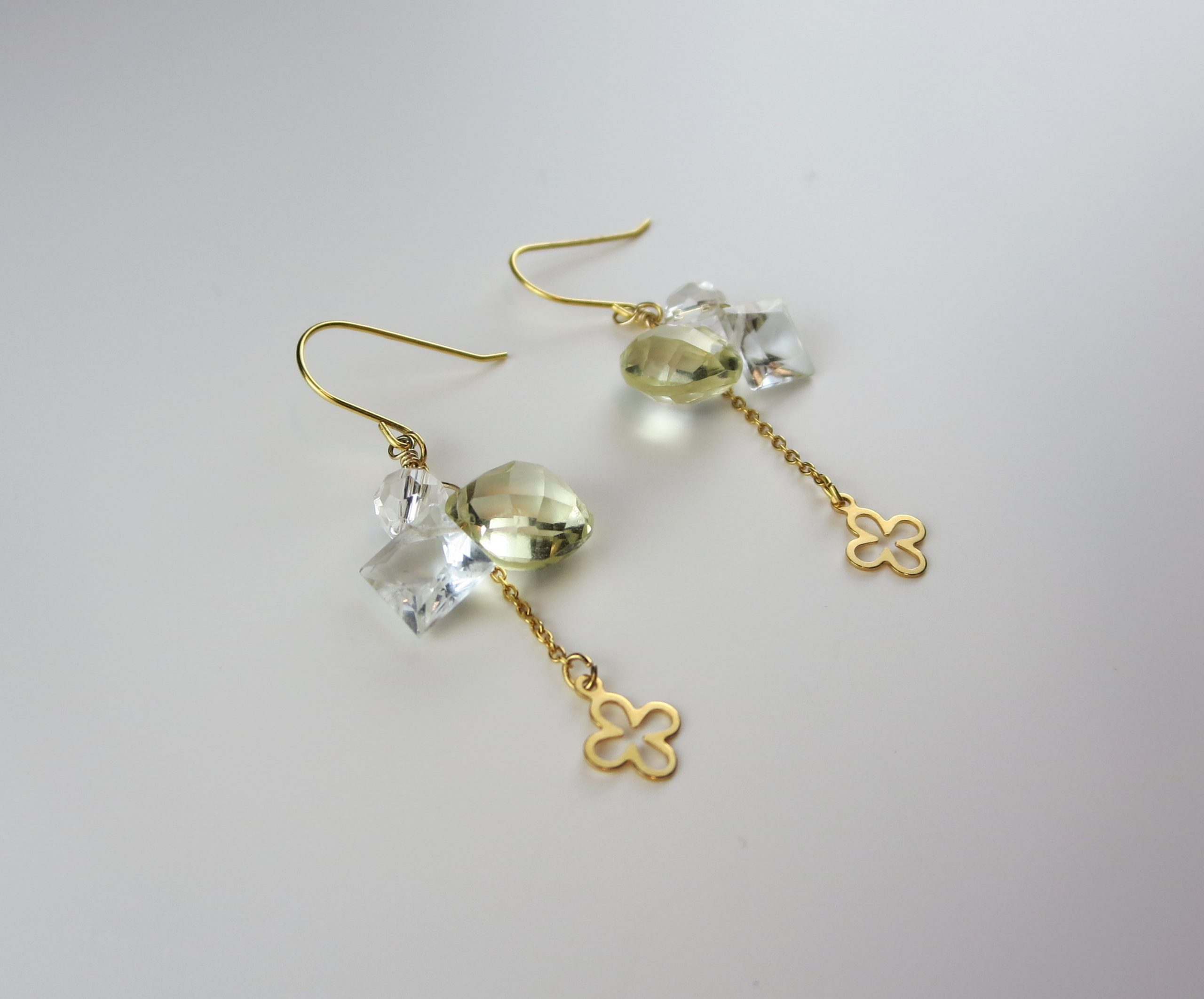 Lemon quartz clover motif earrings